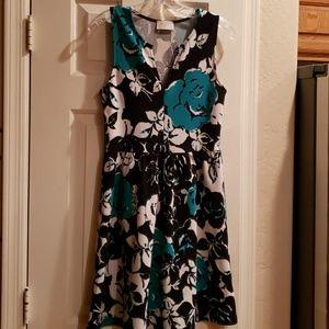 Everly Dress Size M
